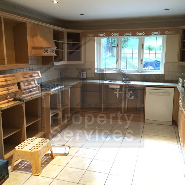 Complete kitchen re-fit with Karndean flooring photo 3