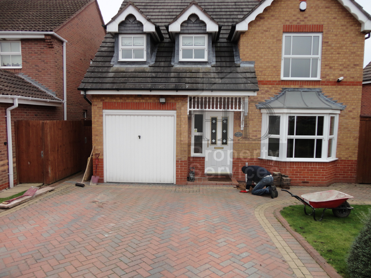 Single storey porch and garage extension photo 2