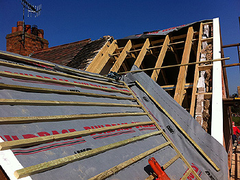 Installation of the roofing laths